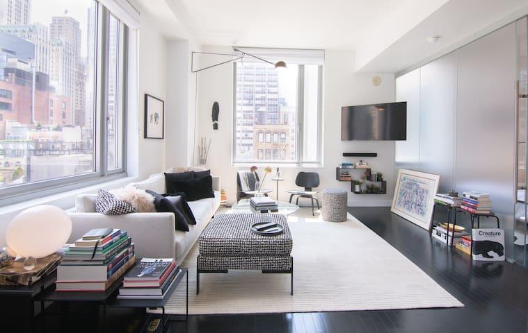 Designer's Dream Corner Apartment