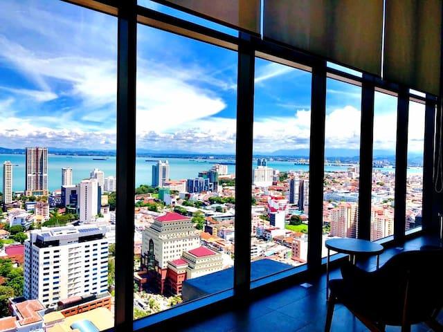 The HighTropics 360° Penang View