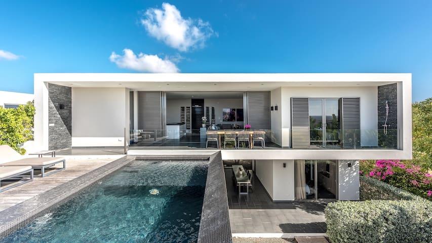 Luxury Design Resort Villa Royale 3