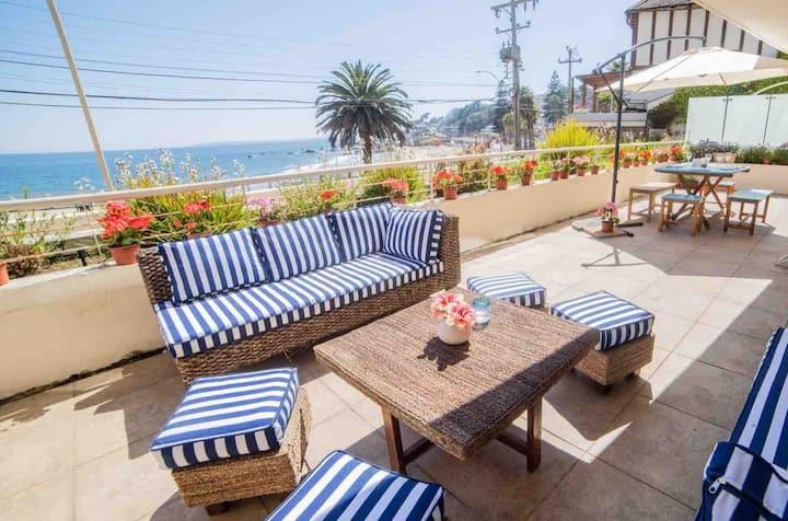 Amplio y moderno alojamiento frente al mar