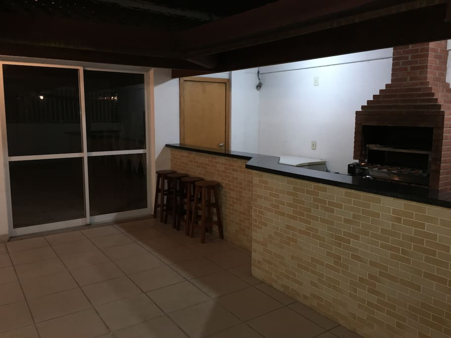 Espaço Gourmet do Condomínio/Communal BBQ Area