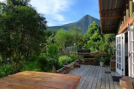 Boutique Vintage Forest Cabin,panoramic loft views - Stormsrivier