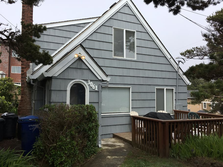 Paradise By The Sea Ll Houses For Rent In Lincoln City