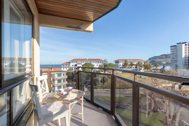 BEACH VII apartment+parking by Aston Rentals
