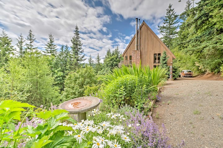 Port Angeles Mountain Top 2500 Sq Ft Chalet w/View