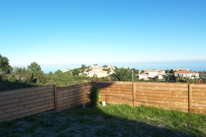APPARTMENT CLEMENT - SEA VIEW