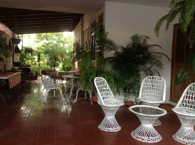 Casa Miramontes - Tegucigalpa - Dom