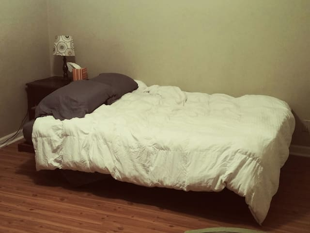 Cozy, clean private room - Tallahassee - Apartment