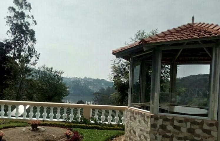 White House Homestay - Ooty - House