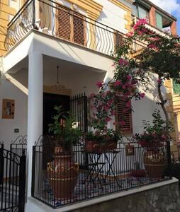 La casa di Ivana - San Nicola Arcella - B&B