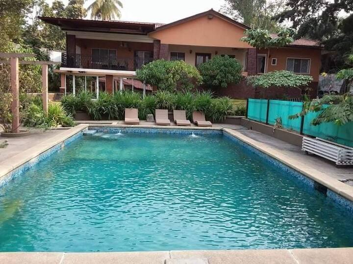 Luxury getaway in Kinshasa (Fulton Private Room)