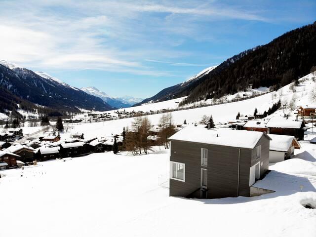 Ruhe & Moderne in einer fantastischen Villa!