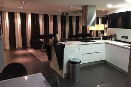 Double Bedroom Luxury - Swieqi