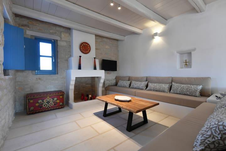 Sea Swell Villa 2 at Santa Maria, Paros