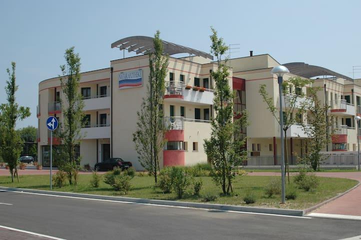 Appartamento con due camere e bagno - Cavallino - Apartament