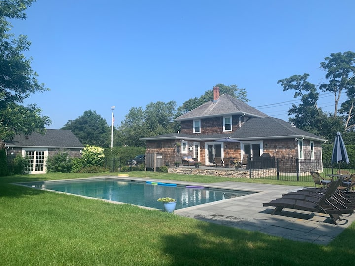 Southampton Village Charming Renovated Home, Pool