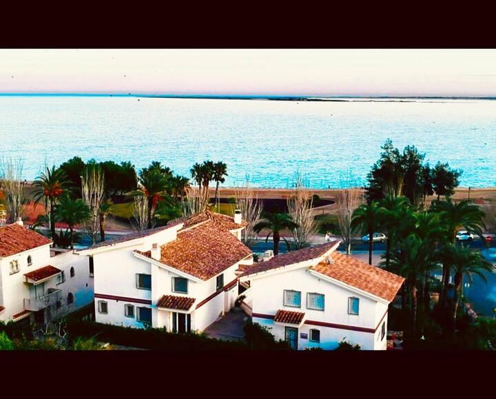 Villa Frente al Mar - Casa 4