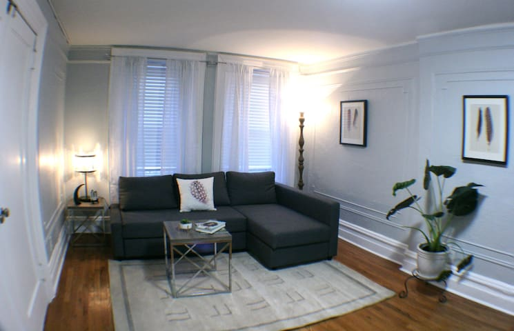 Private exquisite apartment with modern amenities