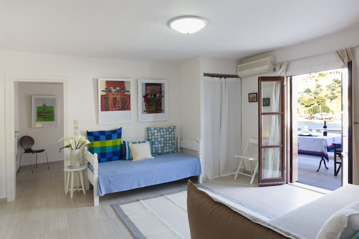 Apartment ALMYRA (Lycomides rooms and apartment