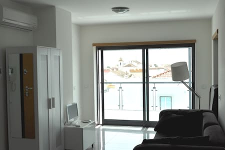 Studio with a big terrace - Vila Real de Santo António - 公寓