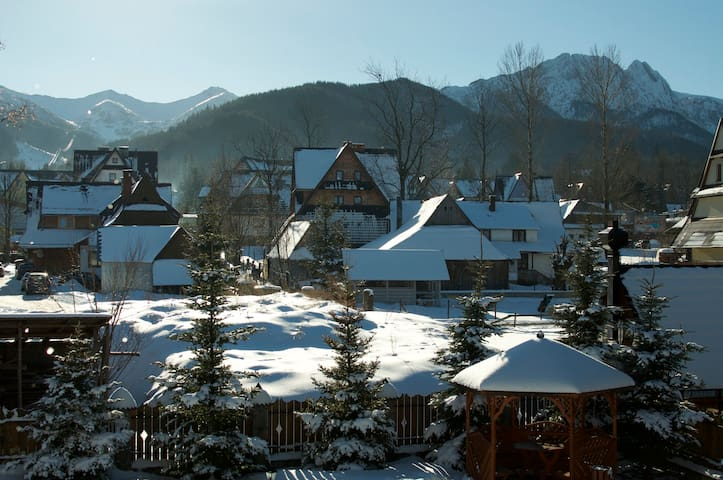 Apartament z widokiem/ Apartment with a view - Zakopane