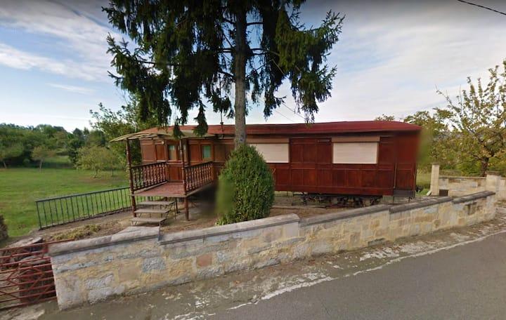 Haus mit 2 Schlafzimmern in Asturias mit toller Aussicht auf die Berge und möbliertem Garten - 25 km vom Strand entfernt