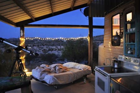 Cozy Caravan  with incredible views
