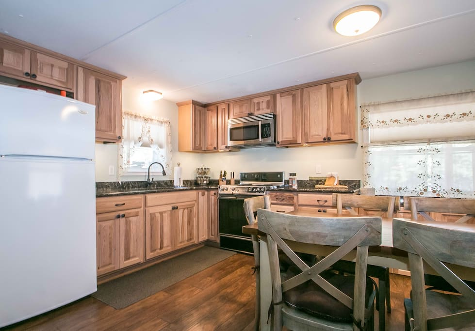 Beautifully remodeled kitchen area