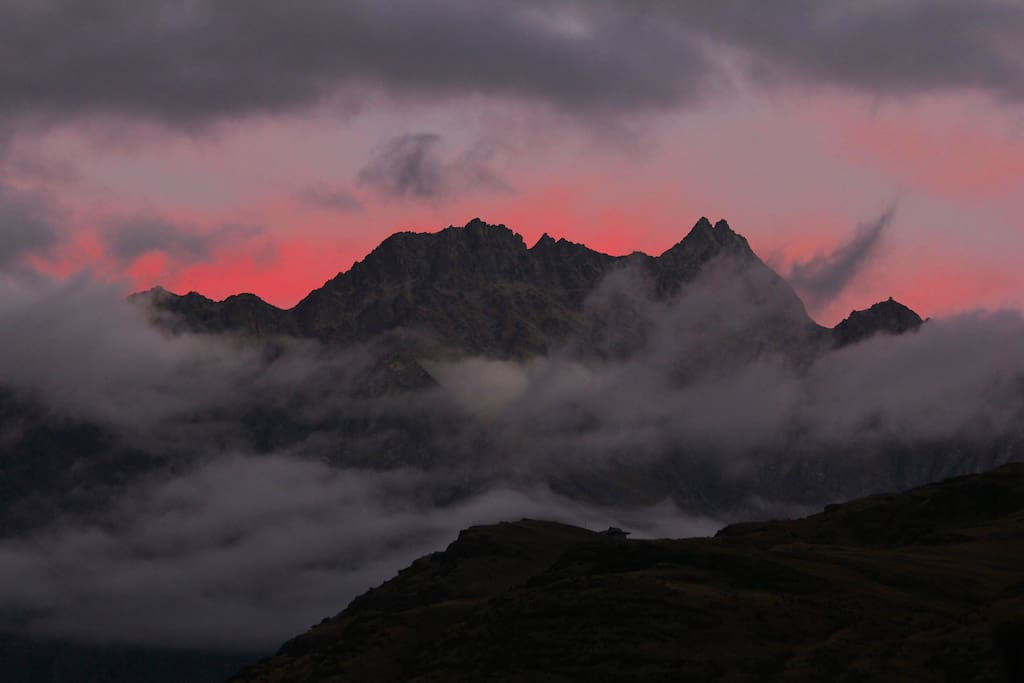 The Remarkables sunset view