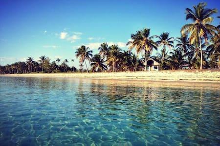 Luxury Beach Front Eco Room @ Kilwa Beach Lodge
