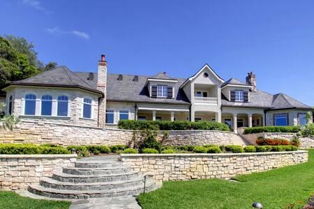 Mansion in Clearwater - Belleair