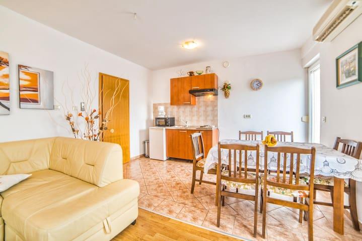 Apartments Ahel / One bedroom A2 - Jadranovo - Byt