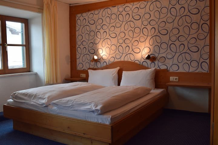Alps Hostel - double room +