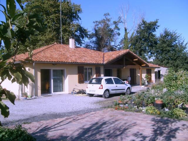 Chambre à louer TYROSSE    2 personnes - Saint-Vincent-de-Tyrosse