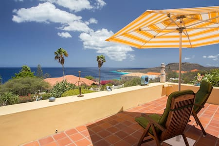 Ocean view villa Cas Abou for 6 guests - Willemstad