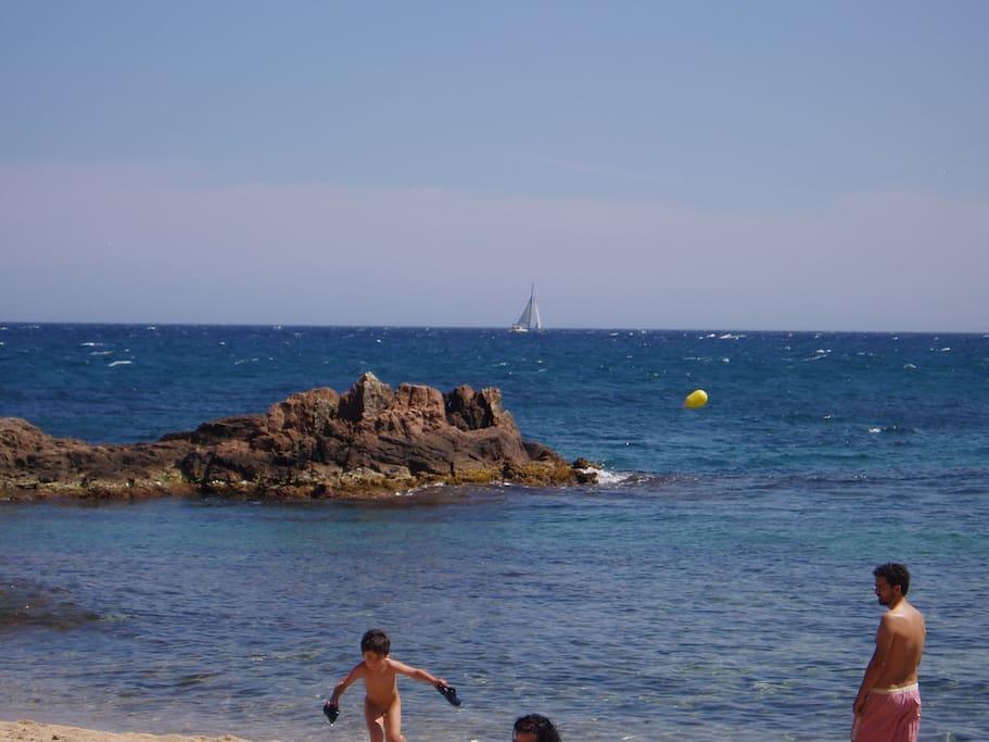 Playas vírgenes con acceso único a pie
