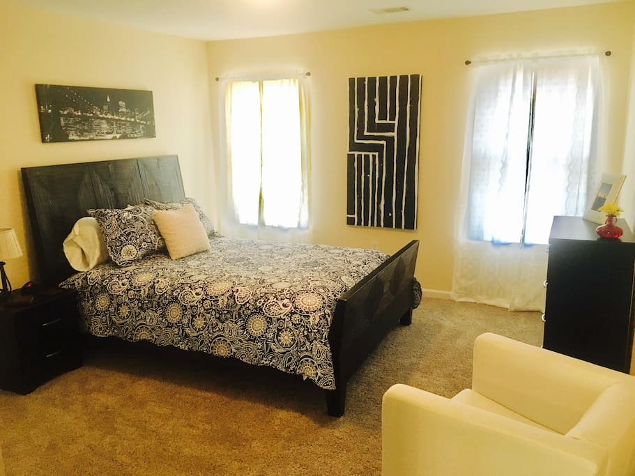Guest room has queen bed. An inflatable queen size mattress can be set up in next room if needed.