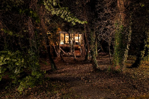 The Tree house in Ano Korakiana