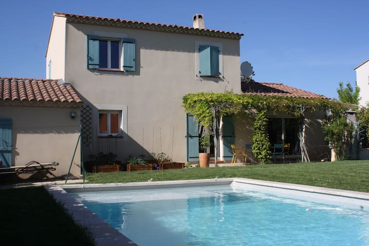 Villa in Provence with #Swimmingpool - Avignon - Holiday home