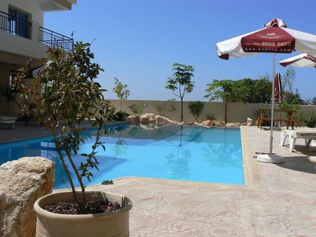Beautiful apartment at Tala Seaview