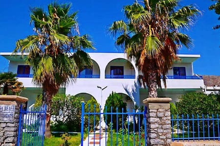 Nitsa apartments - Megalo Chorio - Apartment