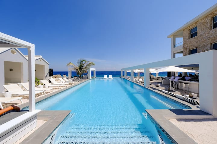 Saint Tropez Boutique Hotel