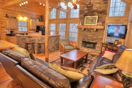 Enjoyable Family Cabin with Pool Table - Cleveland - Autre