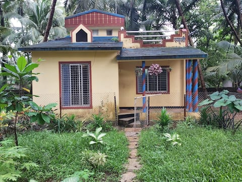 Tuka Maka homestay...2 rooms and living room