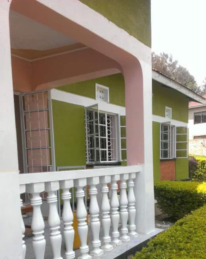 Bahumura Home