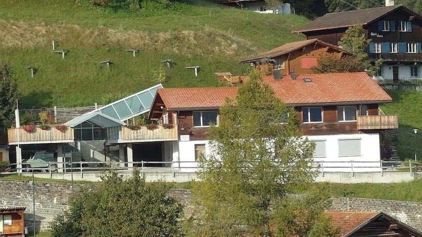 Ferienwohnung in Tschiertschen, alte Schreinerei - Tschiertschen - Apartment