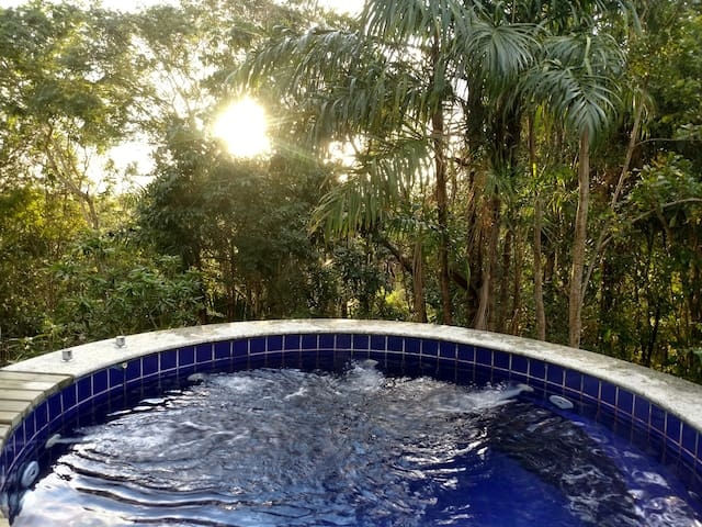 Bangalô SUPERIOR LUXO com jacuzzi privativa