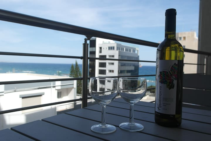 Modern side sea view beach apartment NAUTICA