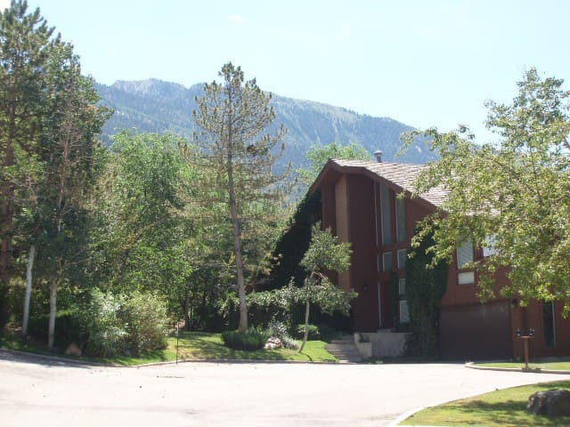 Great Ski House at base of Cottonwood Canyons - Sandy - Appartement