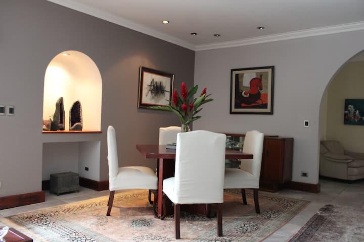 Luxury Living in Escazú